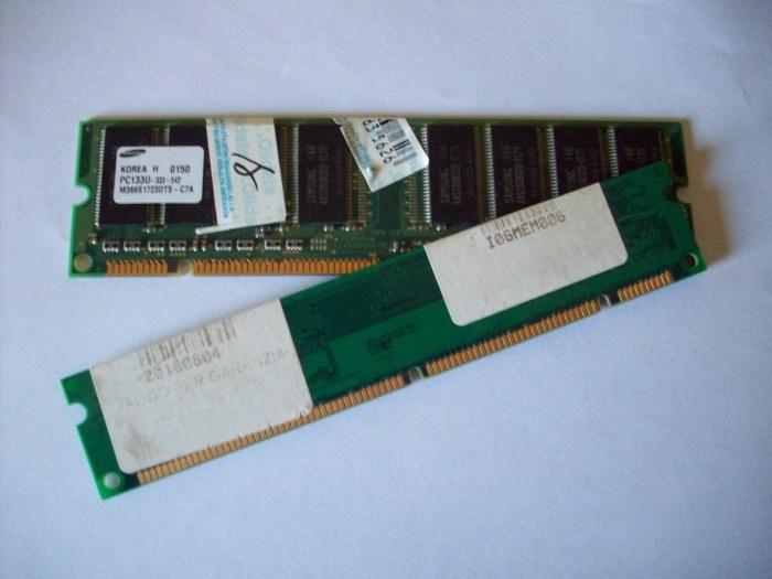 Ram PC133U